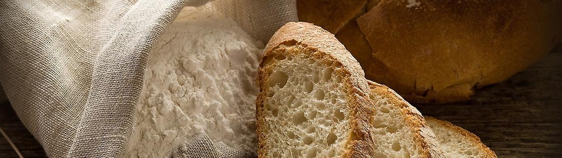 naturlany świeży chleb
